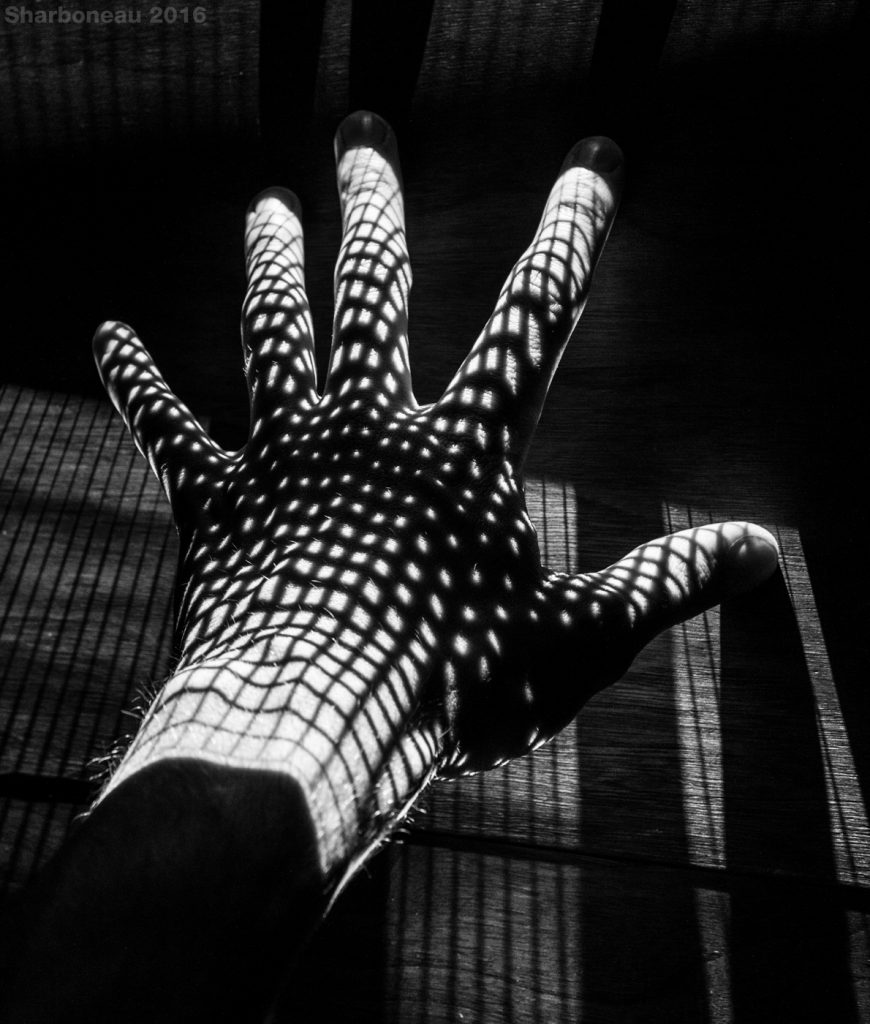 Half-tone patterns work particularly well. This is a hand placed just above a table, with two projectors aimed at it, slightly above it.
